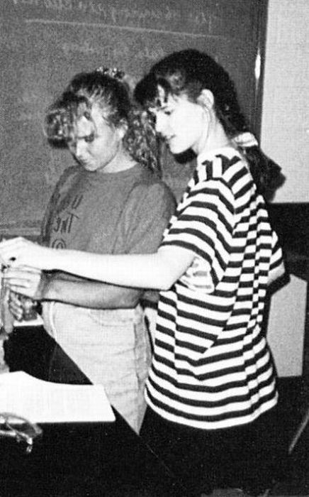 Дженнифер Гарнер. 1990 год