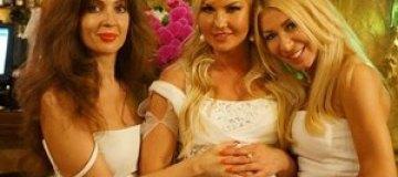 Кума Тимошенко сомневается в беременности Камалии