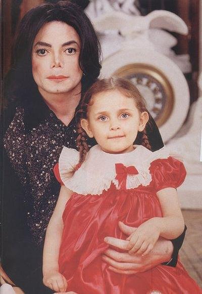 Майкл Джексон с маленькой Пэрис