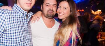 Неузнаваемый Андрей Ющенко вышел в свет с новой девушкой