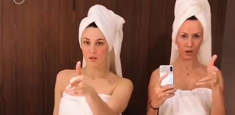Maruv и Никитюк в полотенцах на голое тело станцевали в ванной