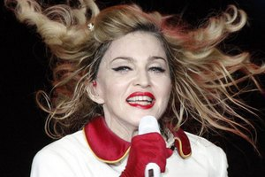 Мадонна представит Pussy Riot на правозащитном концерте