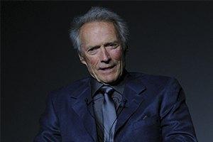 Клинт Иствуд спас жизнь человеку, подавившегося сыром