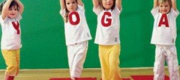 В США на школу подают в суд из-за уроков йоги