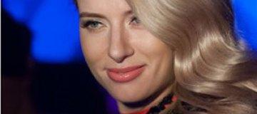 Ольга Горбачева впервые выступила на сцене после родов