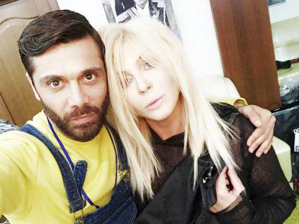 Молодые родители Аслан Асхадов и Ирина Билык