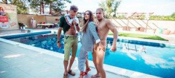 Могилевская отметила 40-летие вечеринкой в морском стиле