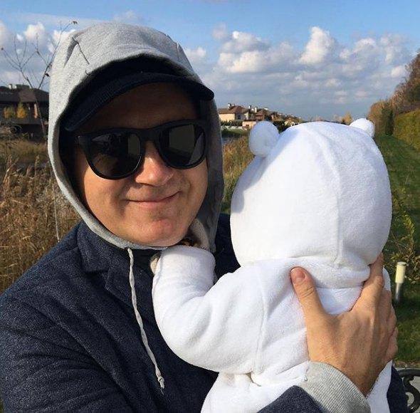 Горбунов не боится оставаться с сыном без мамы и няни