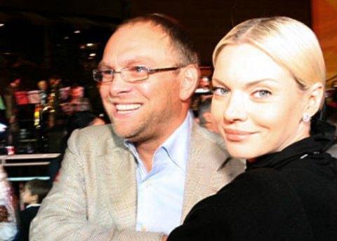 Нардеп Власенко отбился от претензий Окунской на свой дом