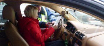Вандалы поиздевались над автомобилем Леры Кудрявцевой