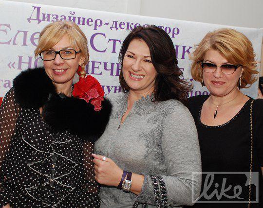 Марина Кинах (справа)