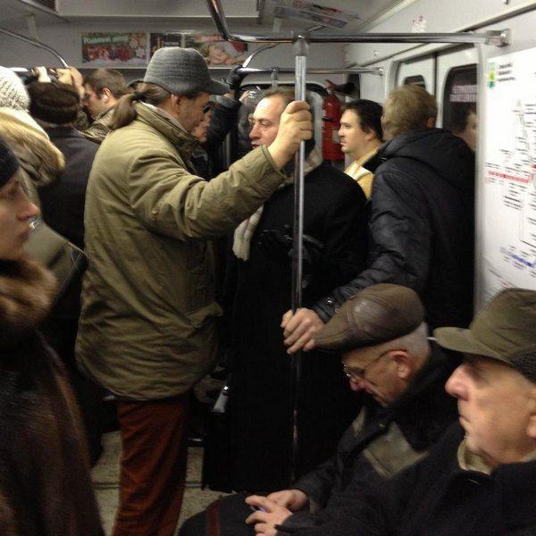Александр Бригинец и Николай Томенко в киевском метро