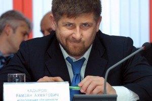Рамзан Кадыров спасает жирафа