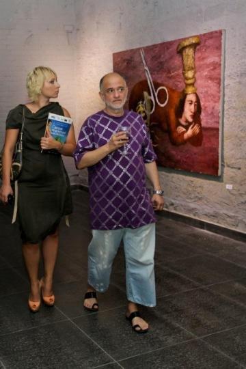 Президент ОМКФ Виктория Тигипко и художник Александр Ройтбурд
