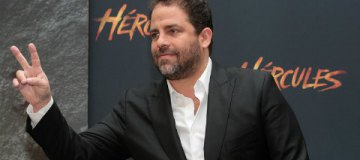 Еще одного известного режиссера обвинили в многочисленных домогательствах