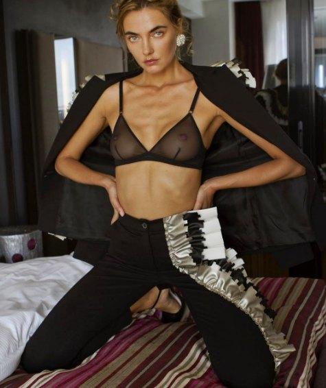 Алина Байкова выбрала эффектный наряд украинского дизайнера