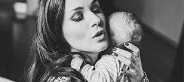 Маша Ефросинина показала фото с новорожденным малышом