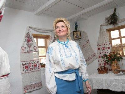 """В новогоднюю ночь Богатырева будет """"цыганкой с украинским происхождением"""""""