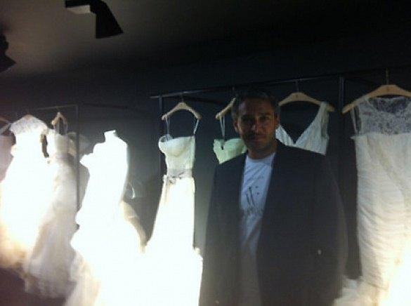 """Ксения Собчак:""""Именно такой мужчина должен продавать свадебные платья по ночам:)"""""""