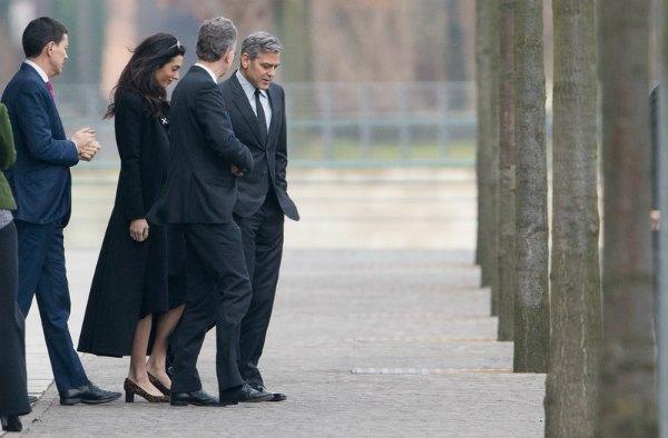 Джордж Клуни с женой после встречи с канцлером Германии