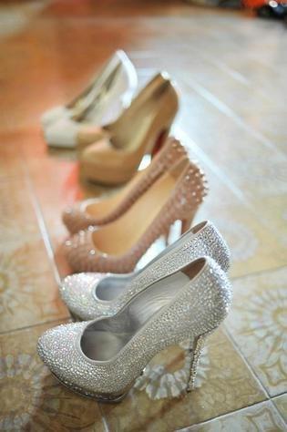 Обувь на все дни празднования