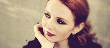 Лена Катина перенесла свадьбу из-за концерта