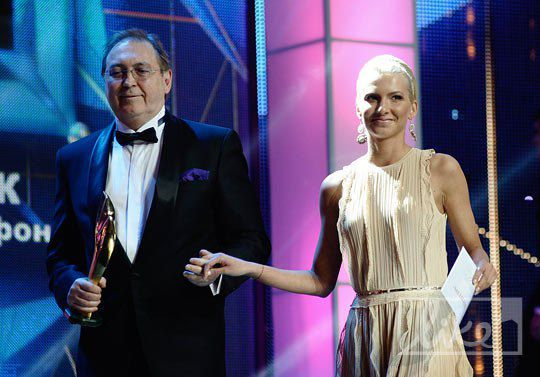 Политолог Дмитрий Видрын и хозяйка бутик-отеля Riviera, дочка Леонида Юрушева Елизавета Юрушева