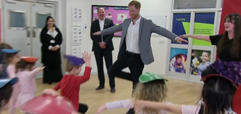 Принц Гарри попробовал силы в балете