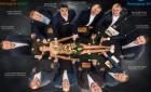 Мужчины едят суши с голой женщины - сеть возмутил корпоративный календарь