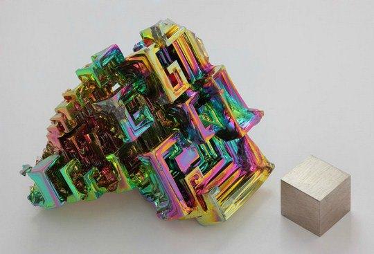 Пользователь Alchemist-hp, «Синтетический кристалл висмута»