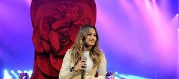 Дженнифер Лопес получит звезду на Аллее славы