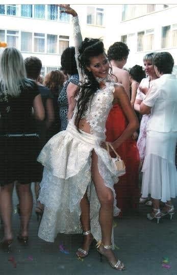 17-летняя Регина Тодоренко на выпускном в Одессе