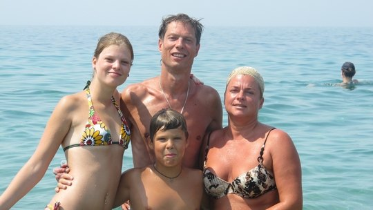 Владимир Моисеенко с семьей на отдыхе