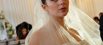 Марина Александрова показала роскошный бюст