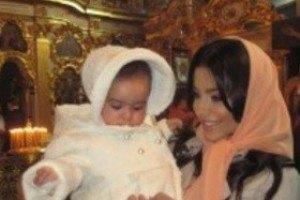 Ани Лорак показала дочь