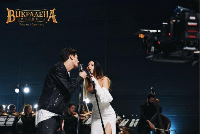 """Надя Дорофеева и Позитив на съемочной площадке клипа """"До зірок"""""""