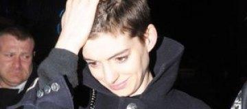 """Хэтэуэй: """"Я чуть не попала в психбольницу когда, остригла волосы"""""""