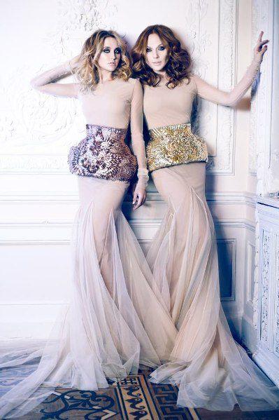 Джанабаева и Бушмина продемонстрировали красивые платья и стройные фигуры