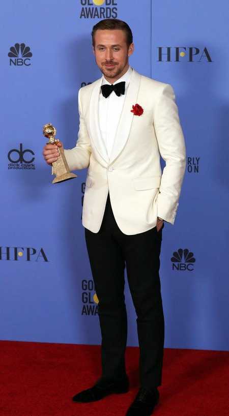"""Райан Гослинг, исполнивший главную роль в мюзикле """"Ла Ла Лэнд"""" получил за нее заветную статуэтку"""