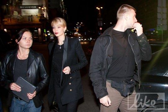 Ольгу Янукович сопровождали два телохранителя