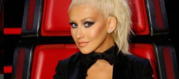 Кристина Агилера кардинально сменила цвет волос