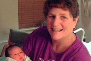 Суррогатная мать 15-ти детей вышла на пенсию