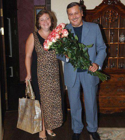 Анатолий Гриценко долгое время дружил с Юлией Мостовой