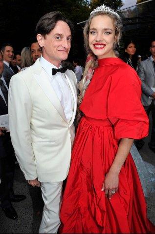 Водянова и главный парфюмер модного дома на презентации нового Guerlain