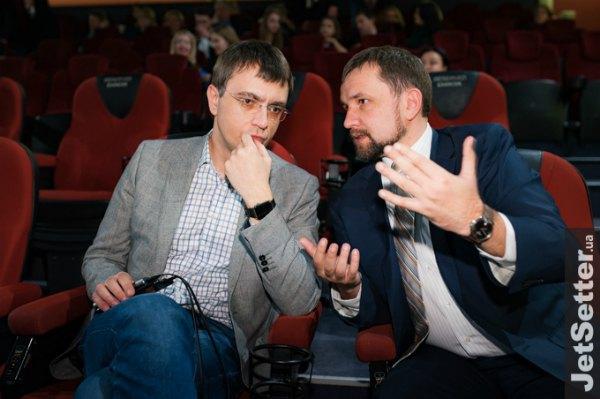 Министр инфраструктуры Владимир Омелян и директор Института национальной памяти Владимир Вятрович