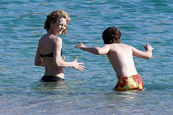 Ванесса Паради с сыном