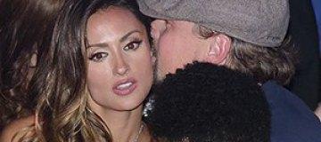 ДиКаприо загулял с замужней моделью