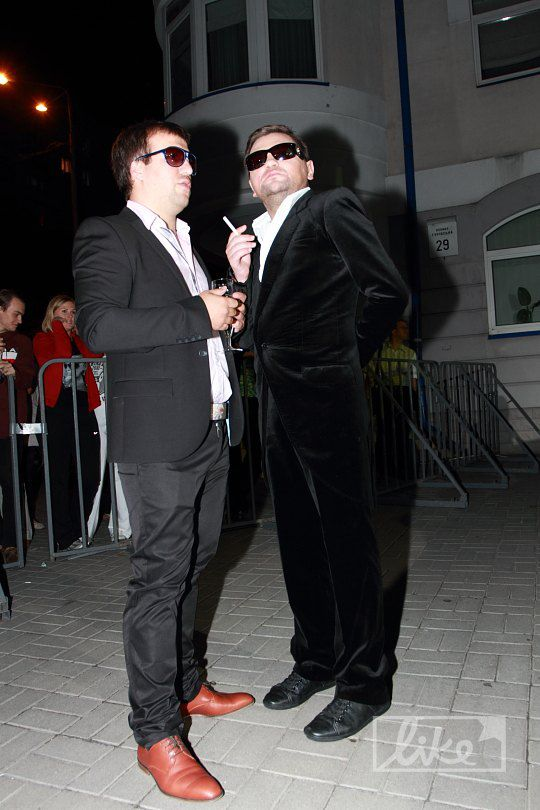 Сергей Ермаков (справа)