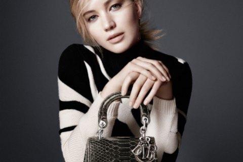 """У уборщицы """"Газпрома"""" украли сумку Dior из крокодиловой кожи"""