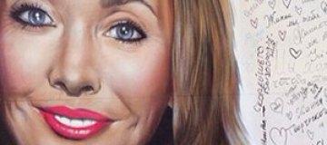 Огромный портрет Жанны Фриске украсил центр Питера